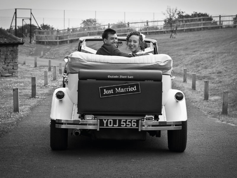 Ivory-convertible-wedding-car-bristol